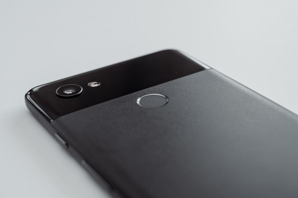 Google Pixel Pros and Cons