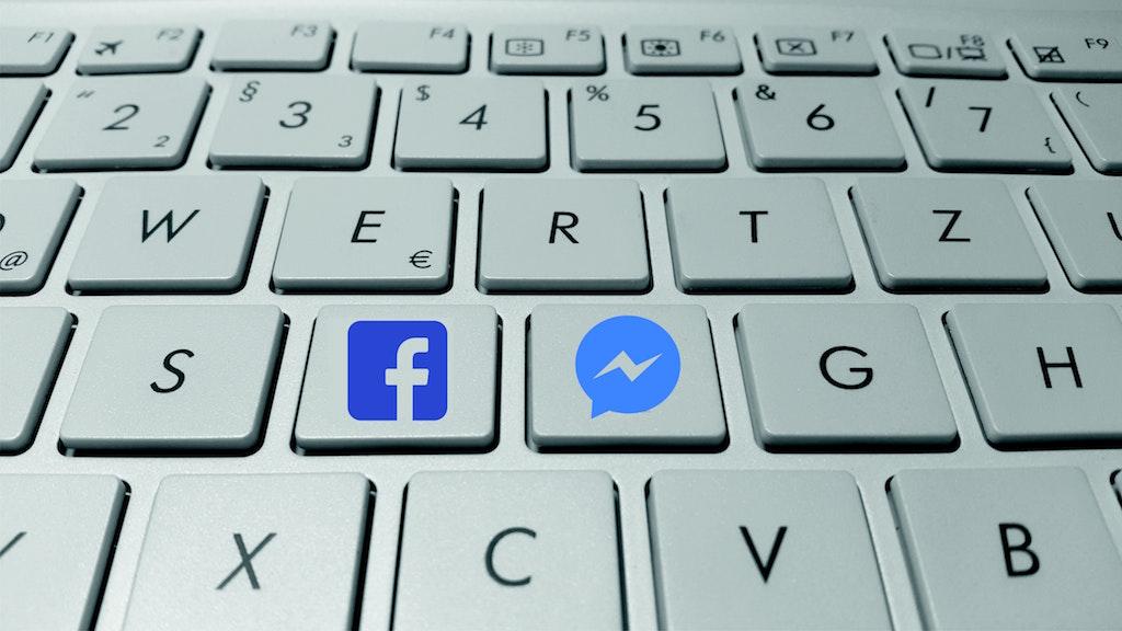 computer-keyboard-facebook
