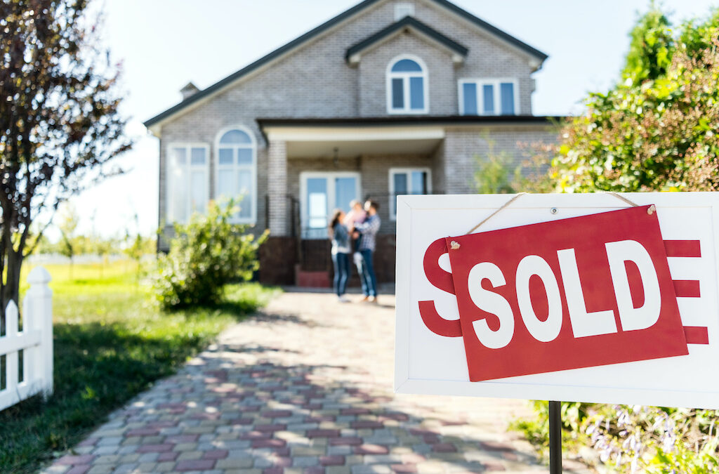 When Is the Best Time of the Year to Sell a House?